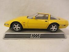 Danbury Mint  1995 Chevy Corvette  Yellow 1:43 scale (1016) NO BOX