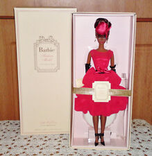"BARBIE DE COLLECTION SILKSTONE ""LITTLE RED DRESS"", ÉDITION 2015"