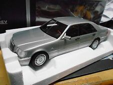 MERCEDES BENZ W140 S-Klasse S600 600 light grey grau met HQ 1997 Norev NEU 1:18