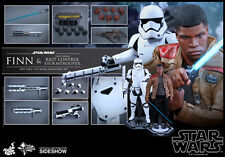 Sideshow Hot Toys FINN & RIOT CONTROL STORMTROOPER 1/6 Action Figure Set NEW