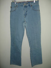 Women's Levi's 550 8M MIS (28x31)  Relaxed Boot Cut Light Wash Jeans 127-3517