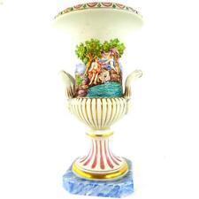 Continental dresde ou capodimonte porcelaine urne vase peint à la main doré