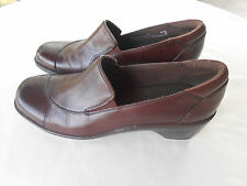 """Clarks  womens brown leather slip-on 2"""" wedge heels shoes 7 M"""