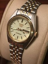 Vintage, Collectible Two Tone Ladies Cream Dial Seiko 5 Automatic Day/Date 26mm