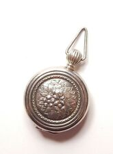 Vintage 925 Sterling Silver FLOWER PATTERNED POCKET WATCH SHAPE LOCKET 12g