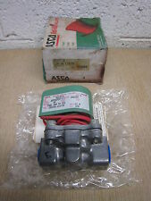 "New Asco Red Hat 8215C10 120/60 3/8"" NPT 2W NC 50 PSI Fuel Gas Solenoid Valve"