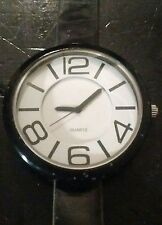 Vintage Dog Collar watch, running with new battery no Reserve