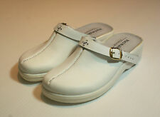 White Leather Clog Shoes Closed Toe Hospital Vet BNIB UK Size 5 #107