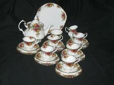 Royal Albert Old Country Roses 22 Piece Tea Service - Large Tea Pot & Cake Plate