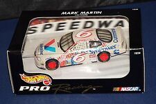 Hot Wheels Pro Racing NASCAR 1:43 Mark Martin Valvoline SynPower Ford Taurus
