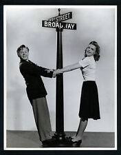 JUDY GARLAND + MICKEY ROONEY - OVERSIZE DBLWT ICONIC PHOTO BY BULL - 1941 LARGE