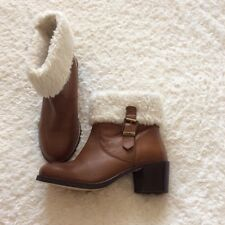 Faith tan leather fur trimmed ankle boots size 4