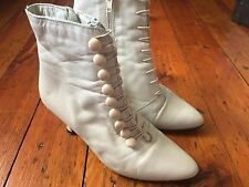 VINTAGE Cream Chile Leather Victorian Boots Grandma Booties 1980's Sz 6