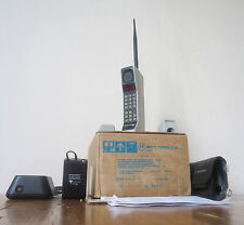 Motorola 8000X Vintage Brick - EXTREMELY RARE in museum quality condition