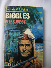 Biggles Flies West - Capt W E Johns paperback, Knight Books
