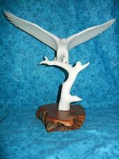 LARGE WHITE EAGLE on TREE SCULPTURE - SIGNED JOHN PERRY COLLECTOR STATUE - look