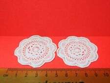 1:12 Scale 2 White Plastic Table Doilies Dolls House Miniature Accessory