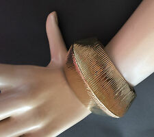 NEW ST JOHN KNIT WOMENS BRACELET DESIGNER GOLD COLOR PYRAMIND  CUFF