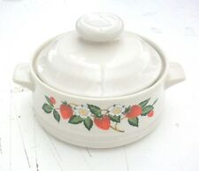VINTAGE STRAWBERRIES N' CREAM STONEWARE SHEFFIELD - SMALL BAKING DISH WITH LID