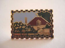 PINS RARE VINTAGE FORME TIMBRE BANQUE SOVAC IMMOBILIER BANK STAMPED wxc 32