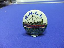 vtg badge rnli lifeboat charity tin badge 1960s