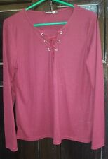 Boohoo Ribbed Burgundy Long Sleeve Top String Fastening V-Neck Effect Front 18