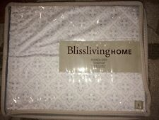 "Bliss living Blissliving HOME AMANDA Queen Size Bedskirt White Grey 18"" Drop NIP"
