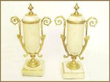 paire de cassolettes / marbre beige et brune / Louis XVI / pendule de cheminée