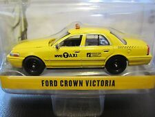 GreenLight  New York City Taxi NYC Yellow Cab Ford Crown Victoria 1:64