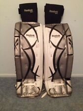 Reebok Revoke 9000 Intermediate Leg Pads