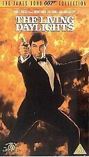 The Living Daylights (VHS, 2003)