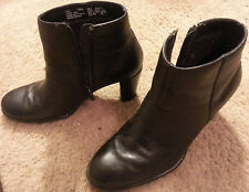 Thom McAn SZ 8 WOMEN'S BLACK LEATHER UPPER HIGH HEEL LADY ANKLE BOOTS SHOES