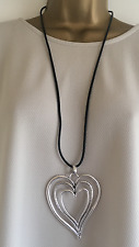 NEW LAGENLOOK COSTUME JEWELLERY TRIPLE HEART PENDANT BLACK LEATHER NECKLACE B47