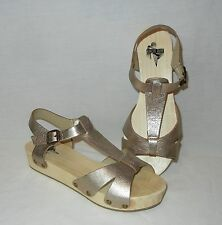 Urban Outfitters Kimchi Blue Women's Leather Ankle Strap Wood Sole Sandals sz 9