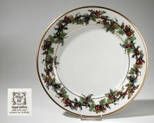 """Royal Gallery THE HOLLY & THE IVY Dinner Plate 10.75"""" Macy's Christmas"""