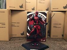 HOT TOYS DEADPOOL (UK venditore!) (in magazzino!) mms347
