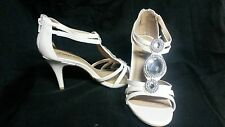 Womans shoes avon forever selected by Paula Abdul dazzling heels size 10 sandals
