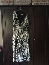 Phase Eight Black And White Floral Dress Size 12 Lovely Shape Wedding / Races /