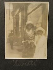 """ANTIQUE AFRICAN AMERICAN CUTE BUFFALO NY GIRLS COCA COLA SIGN """"SWEETS"""" OLD PHOTO"""