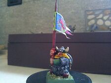 WARHAMMER-BUGMAN'S DWARF RANGERS STANDARD BEARER-PAINTED-MODIFIED-DWARFS-DWARVES