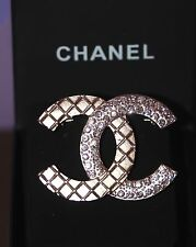 CHANEL 2016 Large XL CC LOGO Crystal Strass Quilted Brooch Pin Gold LIMITED +Box