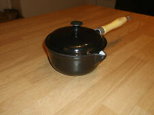 Cast Iron Enamel Saucepan With Wooden Handle 16 Cm Pan size