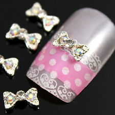 10 X Carino DIAMOND CON STRASS Boe Tie 3d NAIL ART Charms Jewellery Designs