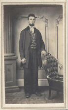 CDV PORTRAIT OF HANDSOME VERY WELL-DRESSED YOUNG MAN W/ CHAIR - COLUMBIA, PA