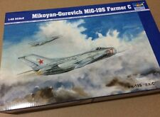Trumpeter 1/48 02803 Mikoyan-Gurevich MiG-19S Farmer C