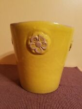 VINTAGE GARDENERS EDEN PORTUGAL YELLOW GLAZED CLAY VASE/PLANTER W/EMBOSS FLOWERS