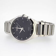 SEIKO SOLAR BLACK DIAL  RETAIL $210DATE STAINLESS STEEL MENS WATCH  MODEL SNE241