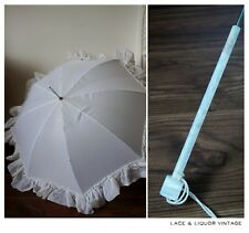 LOVELY vtg 1950s WHITE RUFFLE UMBRELLA PARASOL 1940s WITH LUCITE HANDLE WEDDING