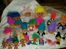 LOT 28 trolls vintage? Russ dolls & others small large costumes naked