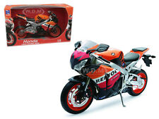 2009 HONDA CBR1000RR REPSOL MOTORCYCLE 1/6 DIECAST MODEL BY NEW RAY 49073